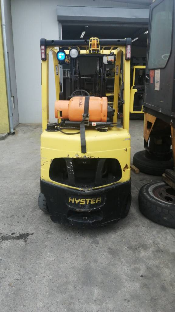 Hyster S 35 FT, LPG counterbalance Forklifts, Material Handling