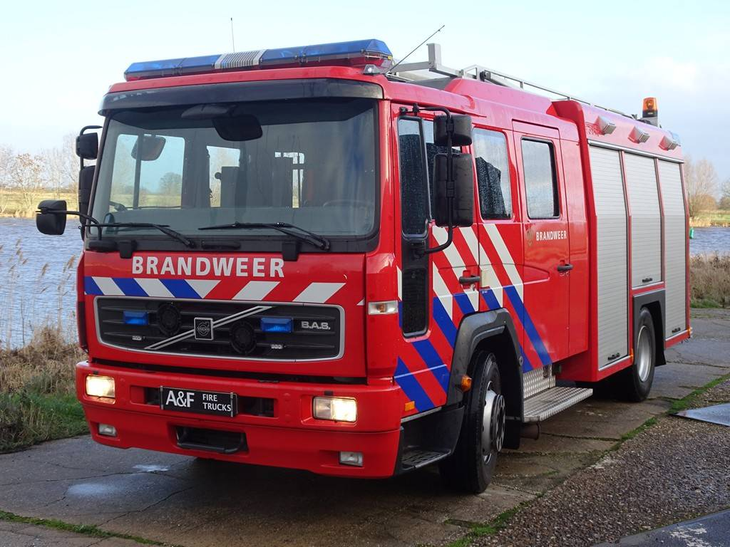 Volvo FL6-14, Fire trucks, Transportation