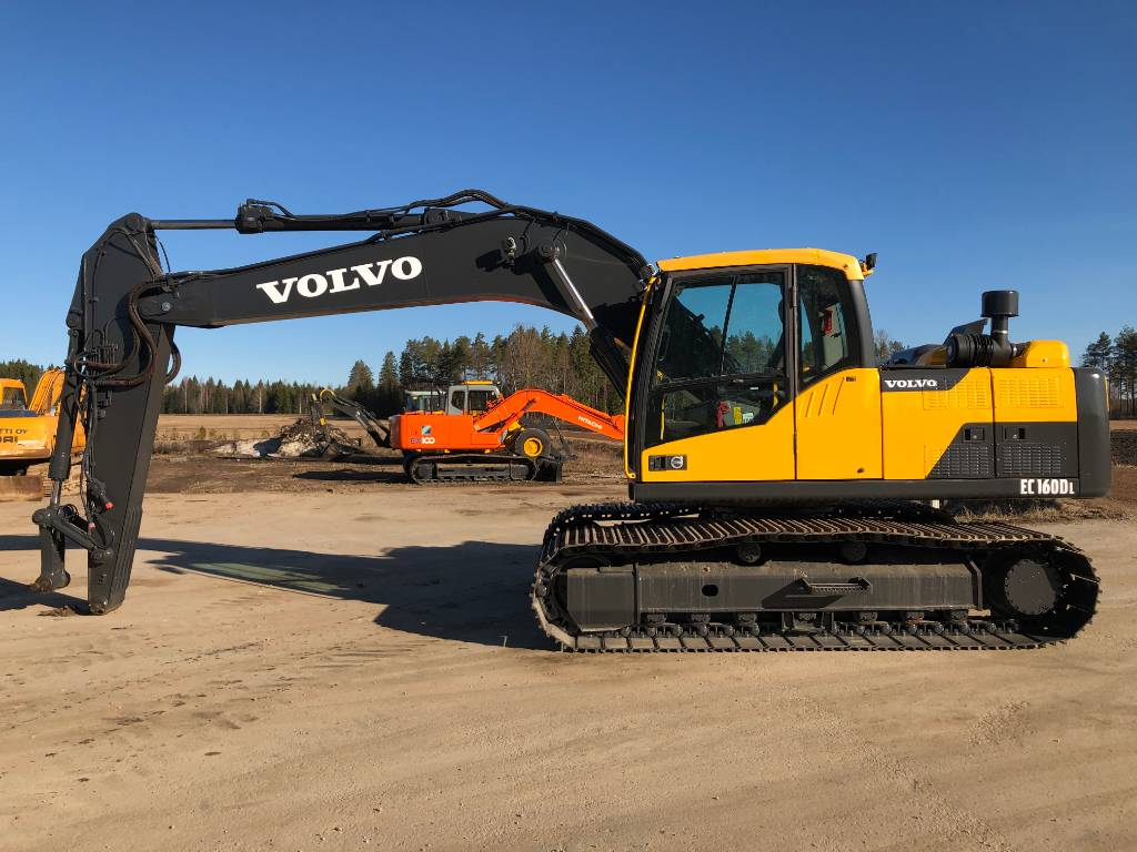 Volvo EC160DL, Telakaivukoneet, Maarakennus