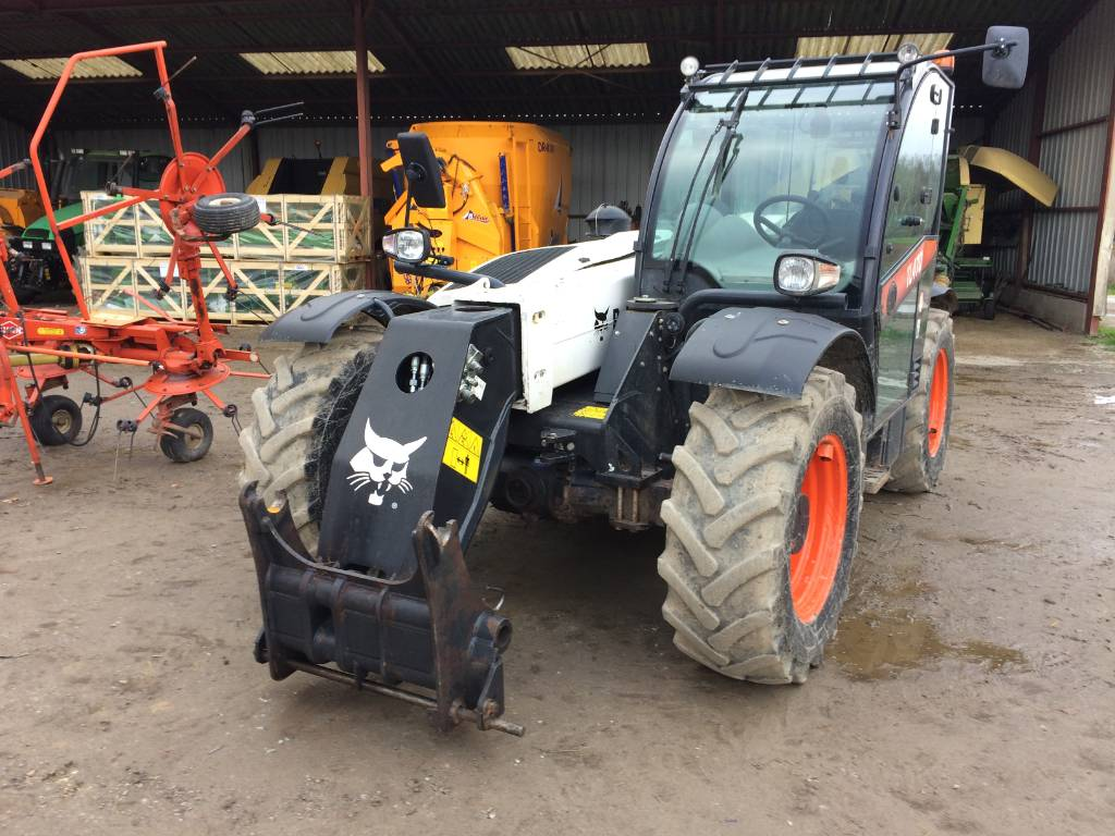 Bobcat TL 470, Telehandlers for Agriculture, Agriculture
