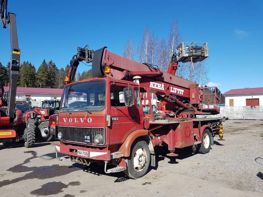 Bronto 422, Nostolava-autot, Maarakennus