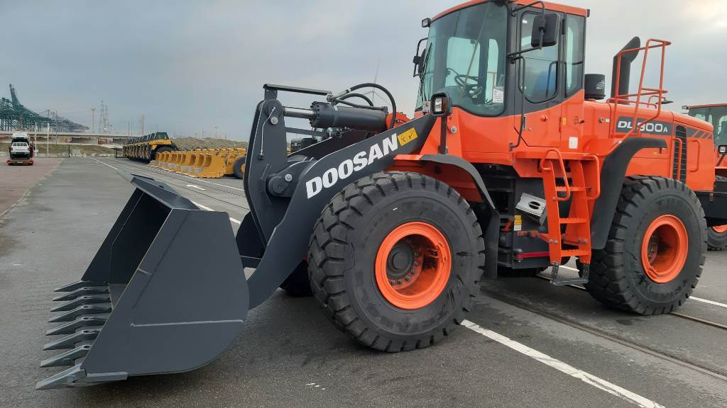 Doosan DL 300 A, Wheel loaders, Construction