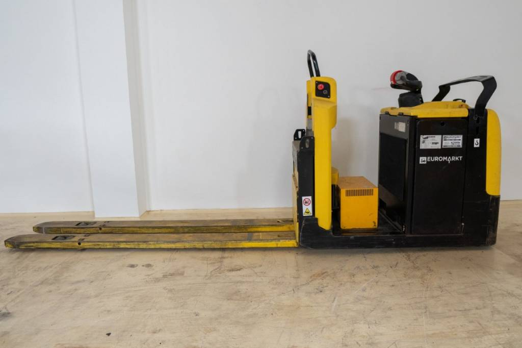 Hyster LO2.5, Low lift order picker, Material Handling