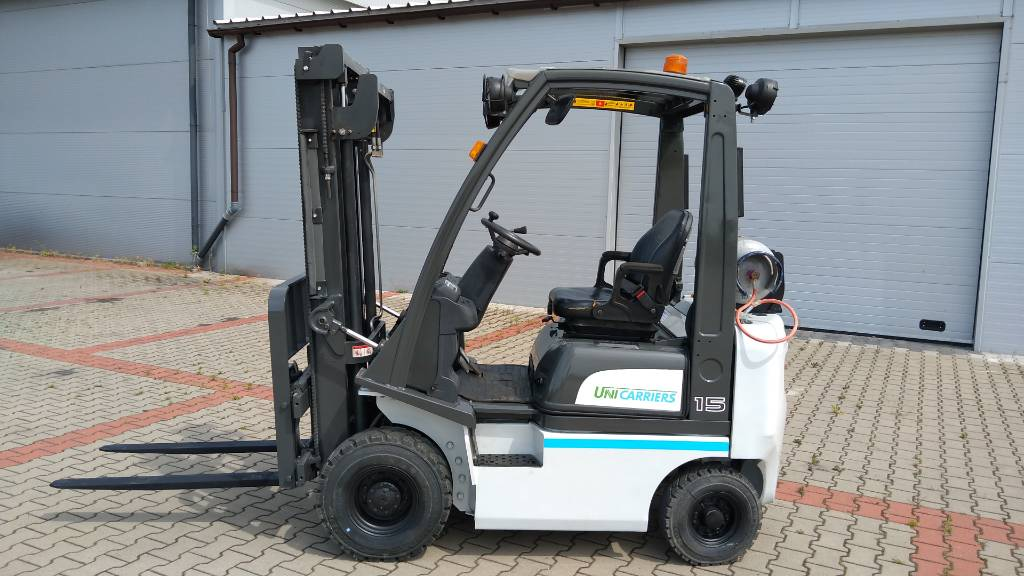 Nissan P1D1A15LQ, LPG trucks, Material Handling