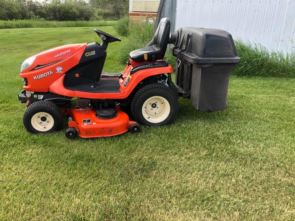 Kubota GR2120, Groundcare mowers, Turfcare