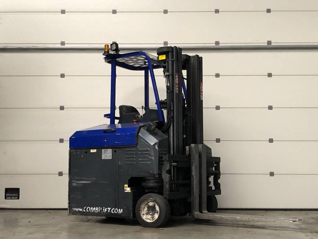 Combilift C2500CBE, Four-way truck, Laden en lossen