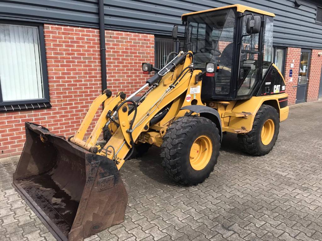 Caterpillar CAT 906 shovel, Other loading and digging and accessories, Agriculture