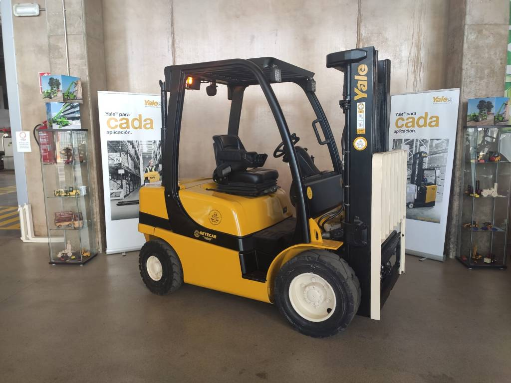 Yale GDP25VX, Diesel counterbalance Forklifts, Material Handling