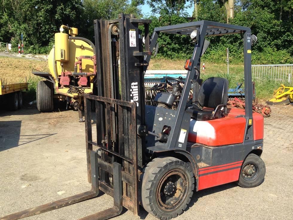 Tailift FD25, Diesel heftrucks, Laden en lossen