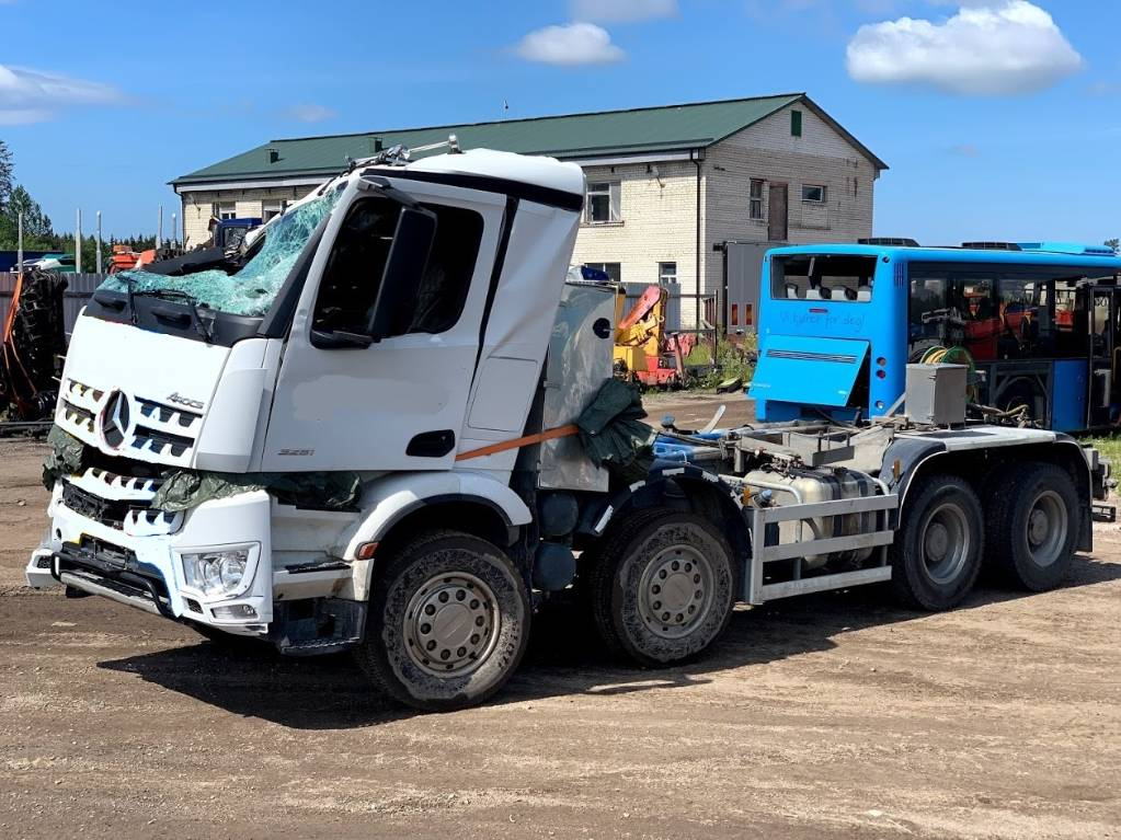 Mercedes-Benz Arocs 3251/For parts, Cab & Chassis Trucks, Trucks and Trailers