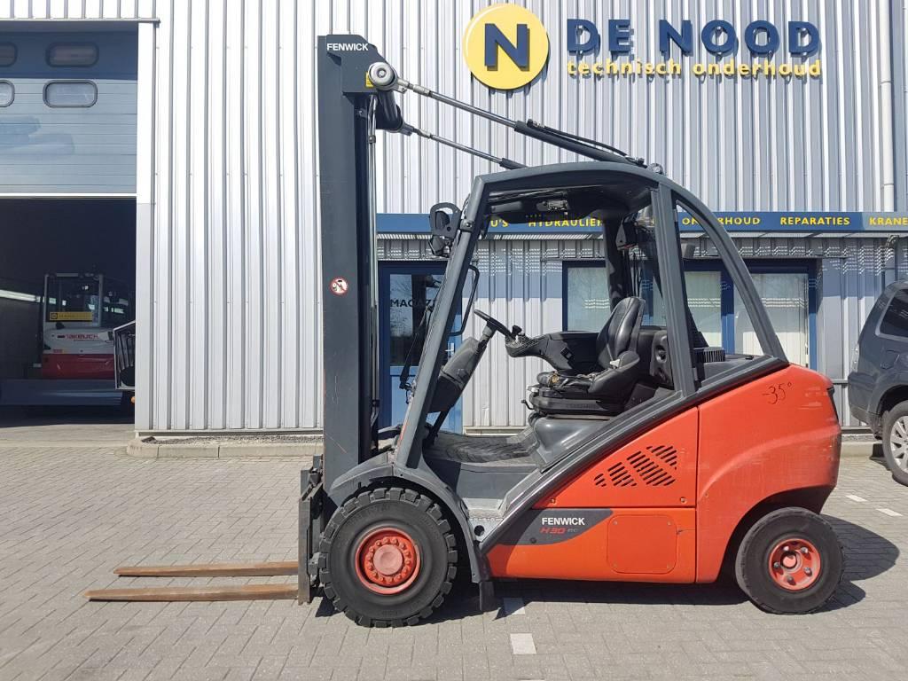 Linde H30D-02, Diesel heftrucks, Laden en lossen