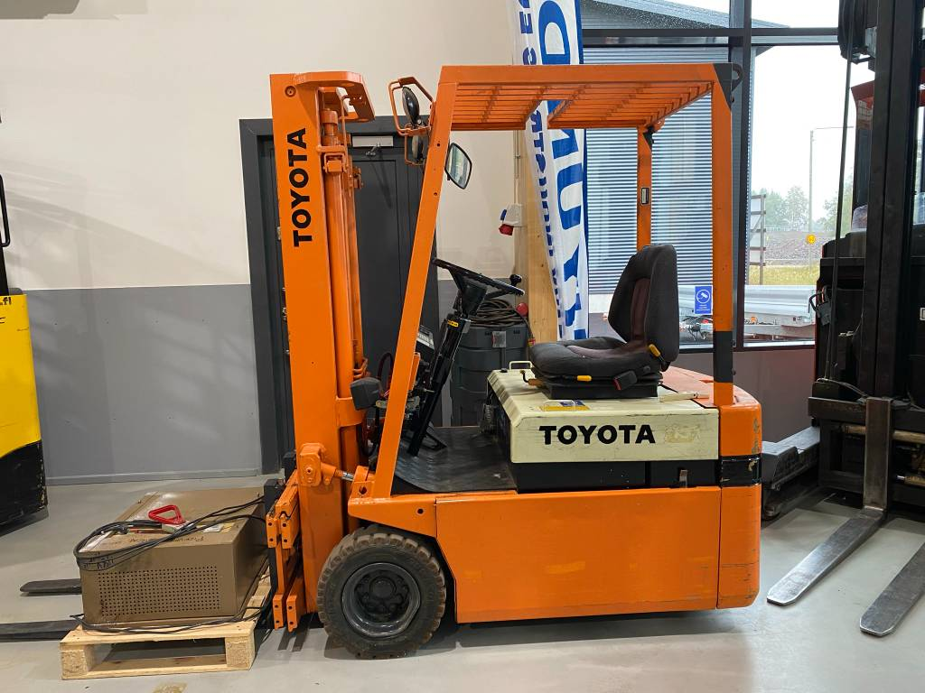 Toyota 2FBE13, Elektritõstukid, Materjalikäsitlus