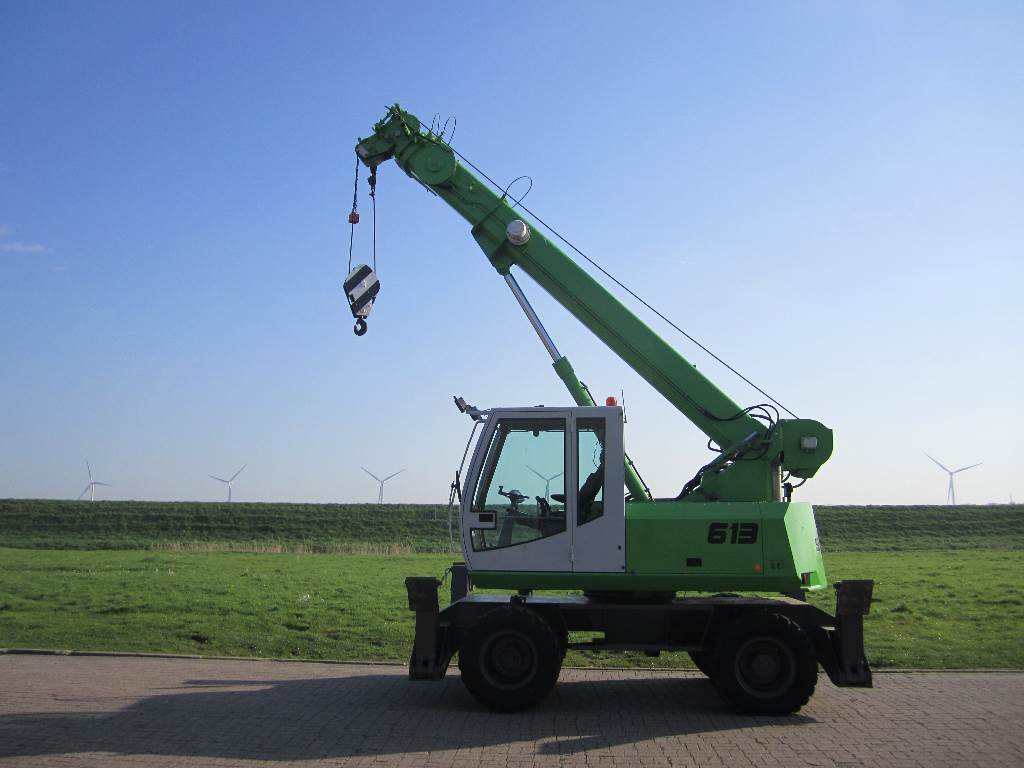 Sennebogen 613 m rough terrain cranes construction adrighem for Terrain construction