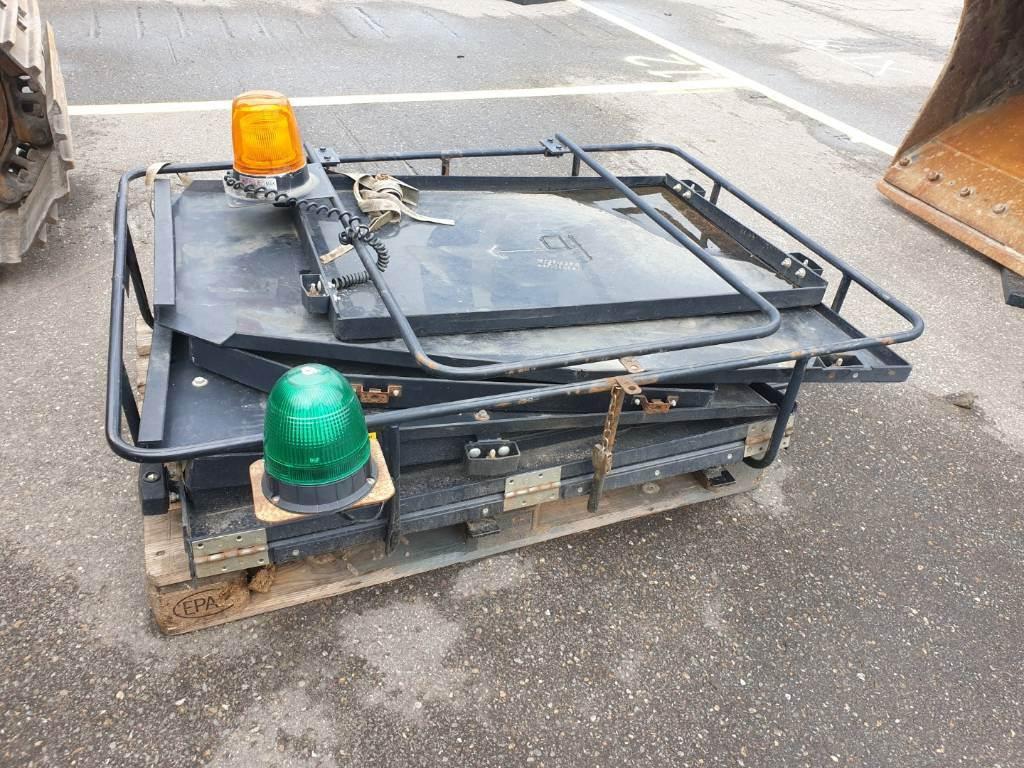 Hyundai Robex 260LC-9 A, Rupsgraafmachines, Bouw