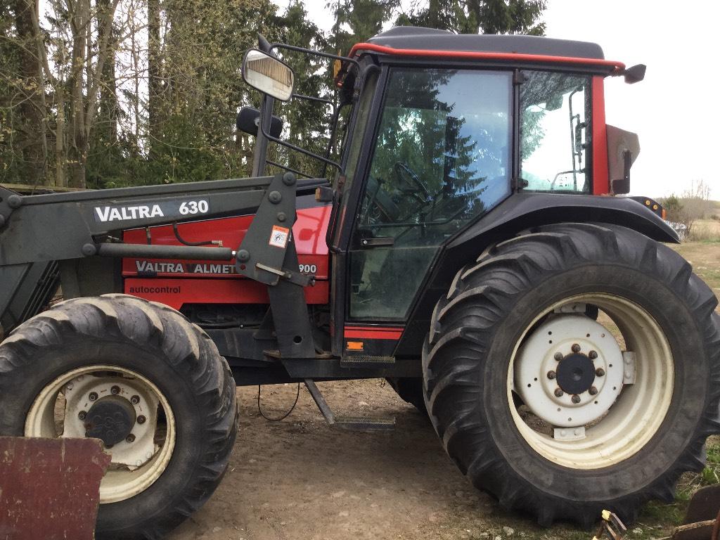 Valtra 900, Traktorit, Maatalouskoneet