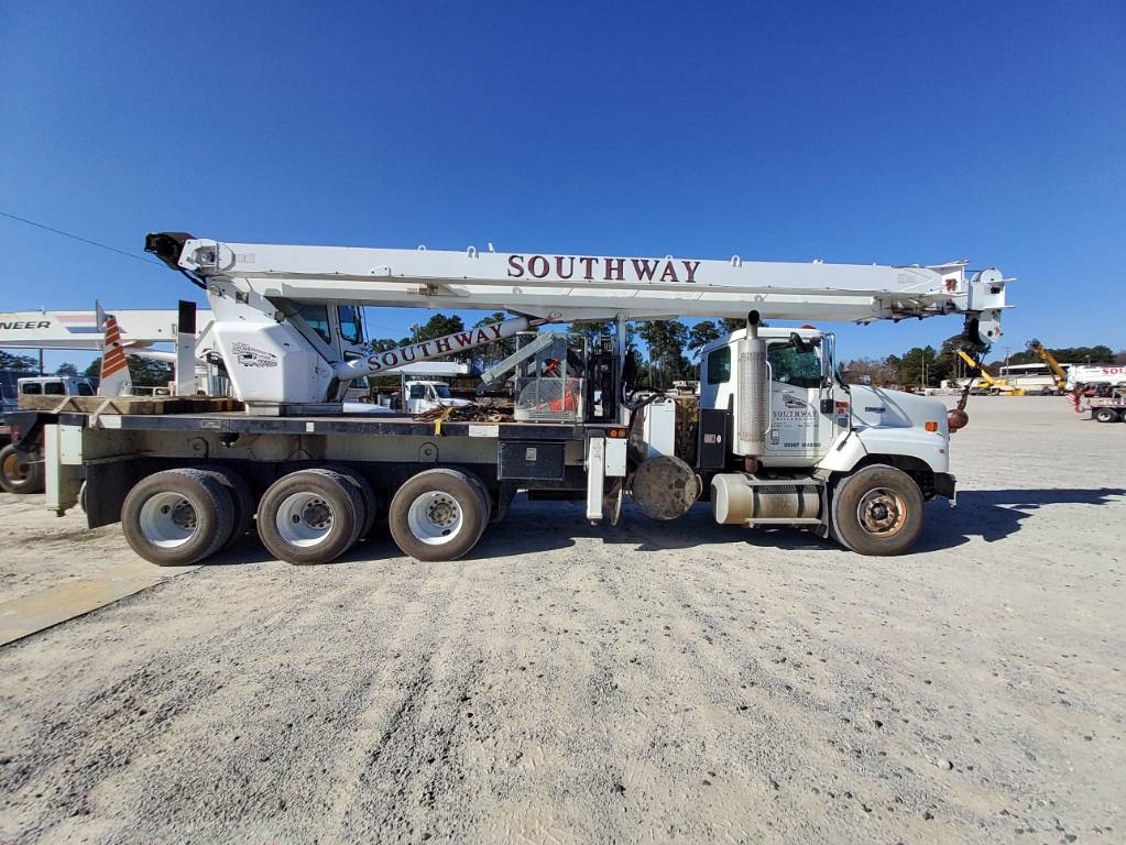 Altec AC 38-127 S, Boom Trucks, Trucks and Trailers