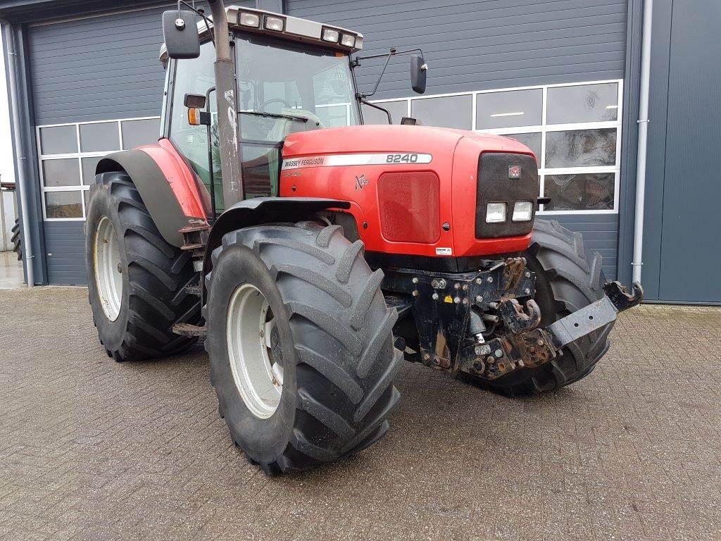 Massey Ferguson 8240 X-tra, Tractoren, Landbouw