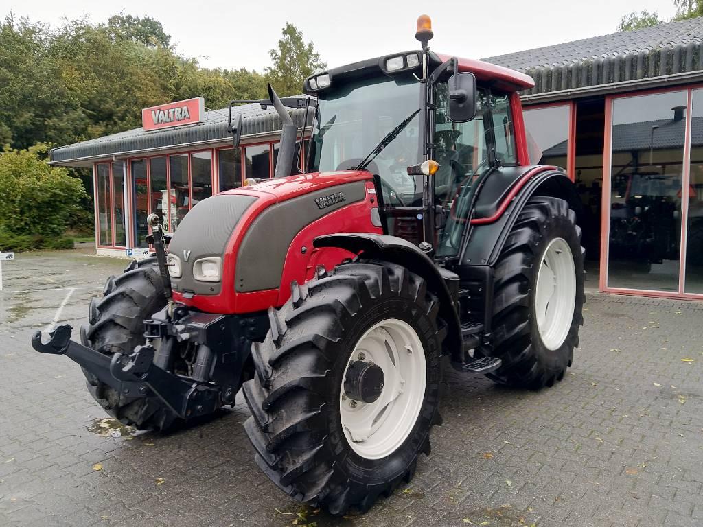 Valtra N111E HiTech - 2489, Tractoren, Landbouw