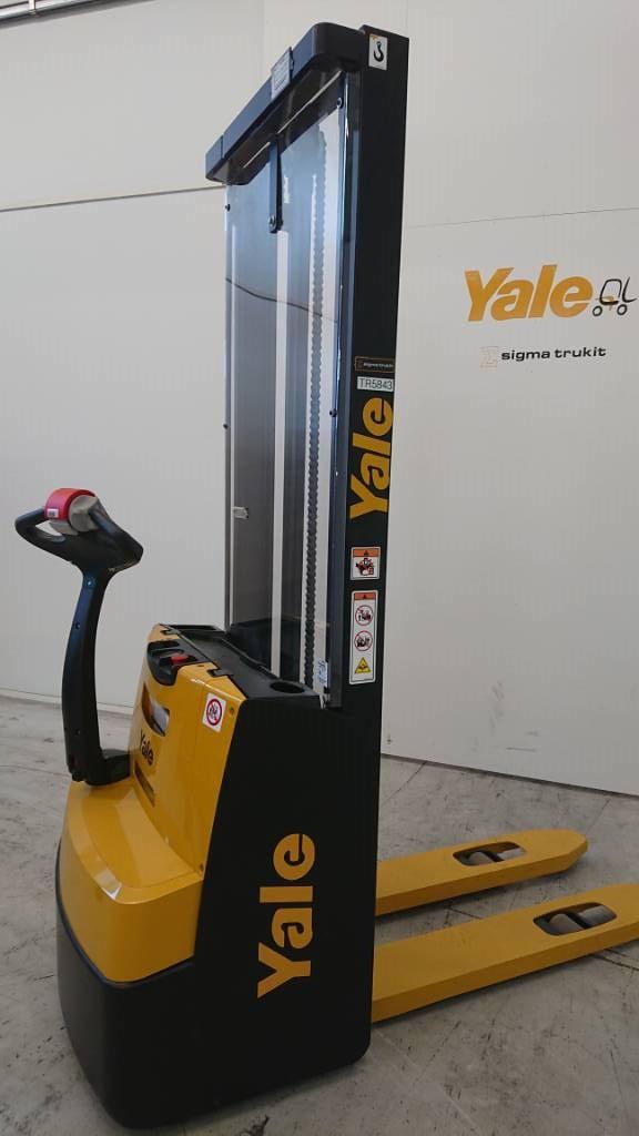 Yale MS10E, Käyden ajettavat pinoamistrukit, Materiaalinkäsittely