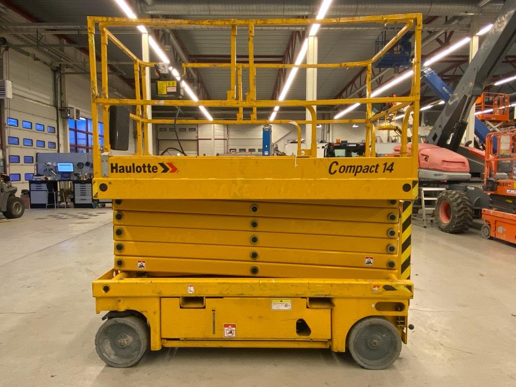 Haulotte Compact 14, Saksilavat, Maarakennus