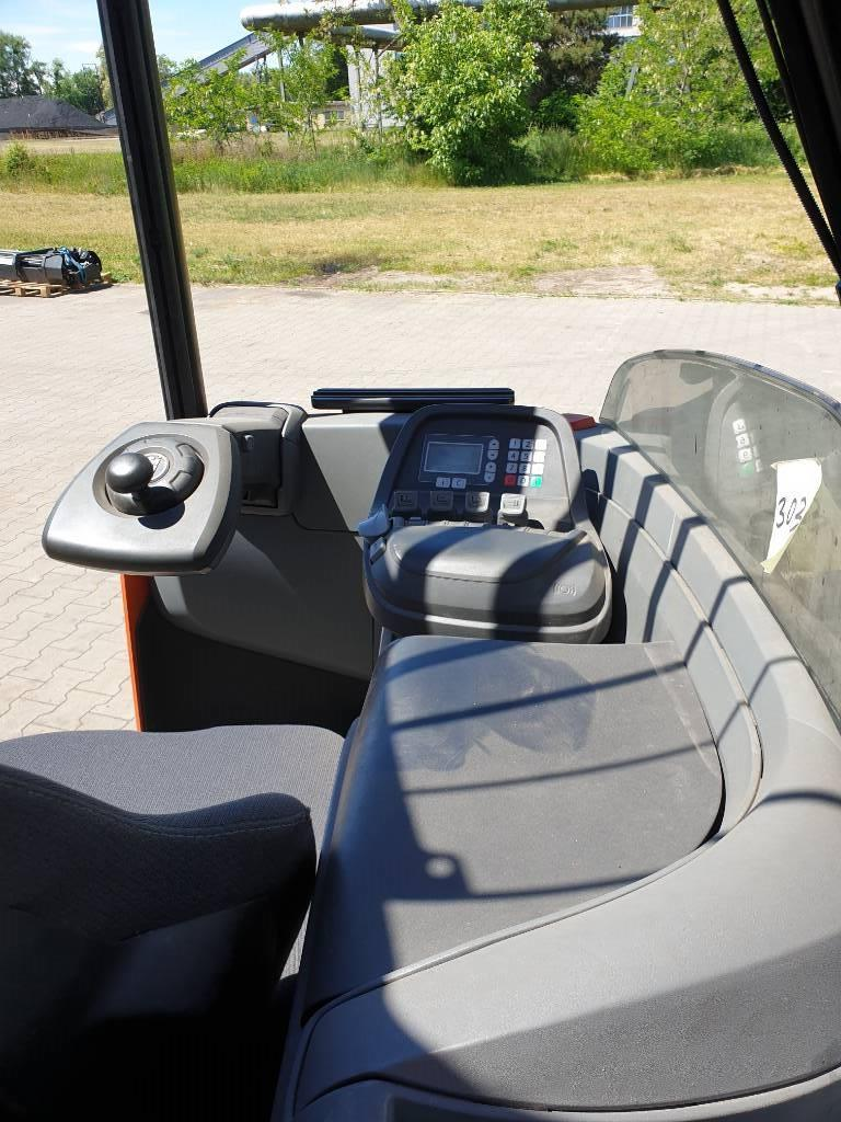 BT RR E 160 E, Wózki widłowe wysokiego składowania, Magazynowanie