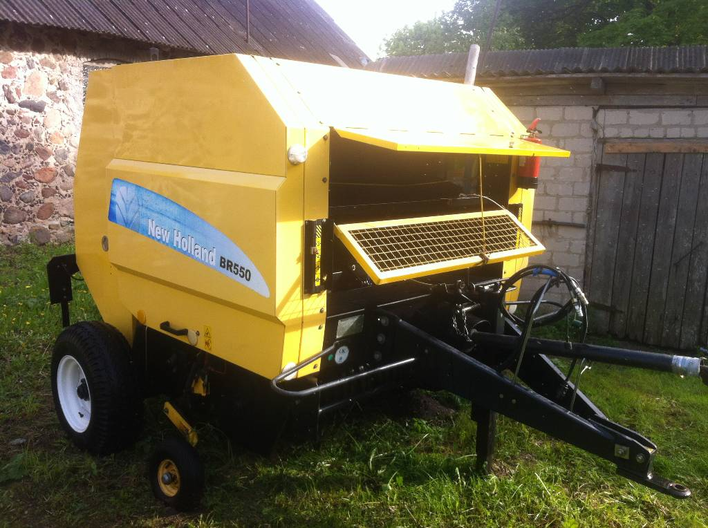 New Holland BR 550 Round Balers Agriculture