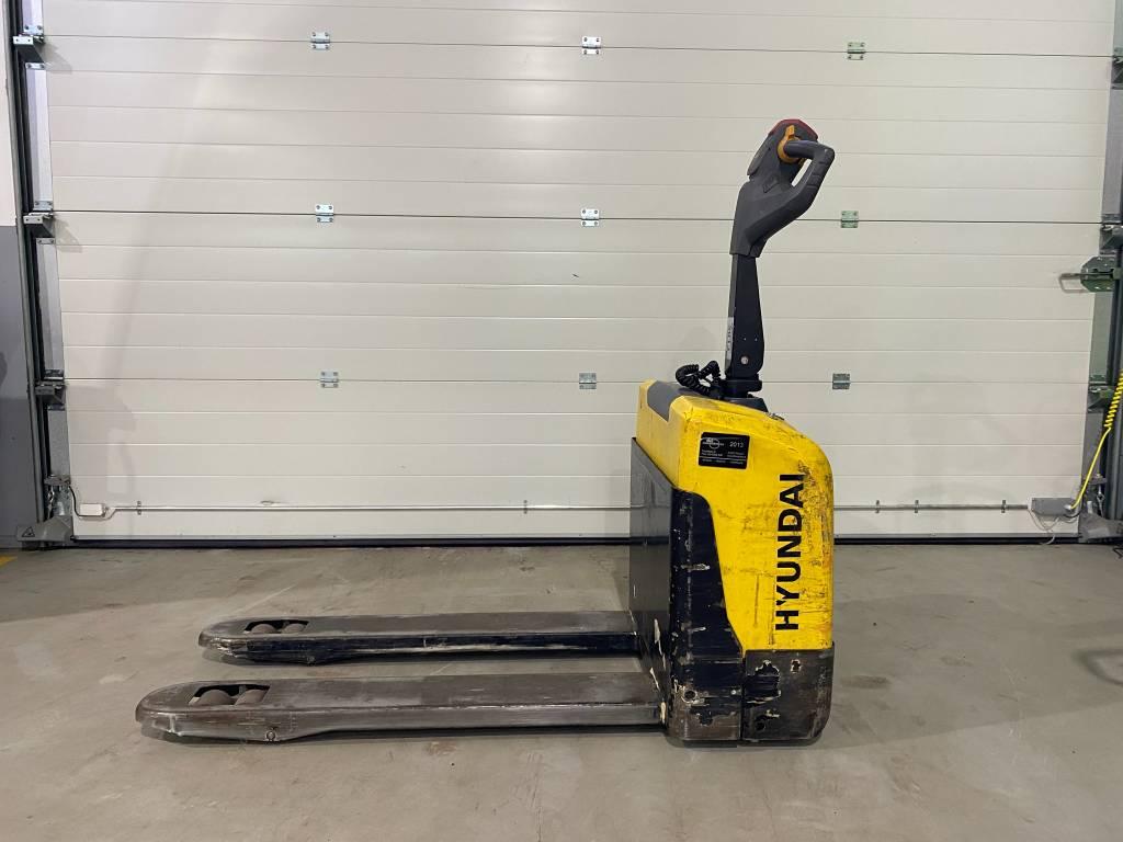 Hyundai 15EP, Lavansiirtotrukit, Materiaalinkäsittely