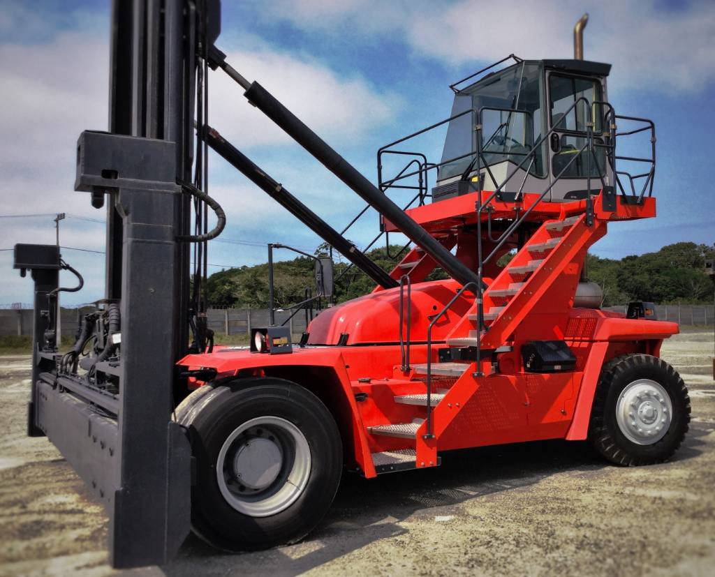 Kalmar DCT80-45E7, Container handlers, Material Handling