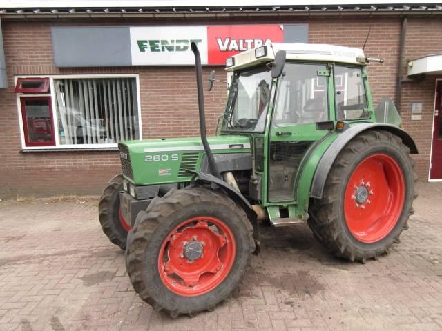 Fendt 260S, Tractoren, Landbouw