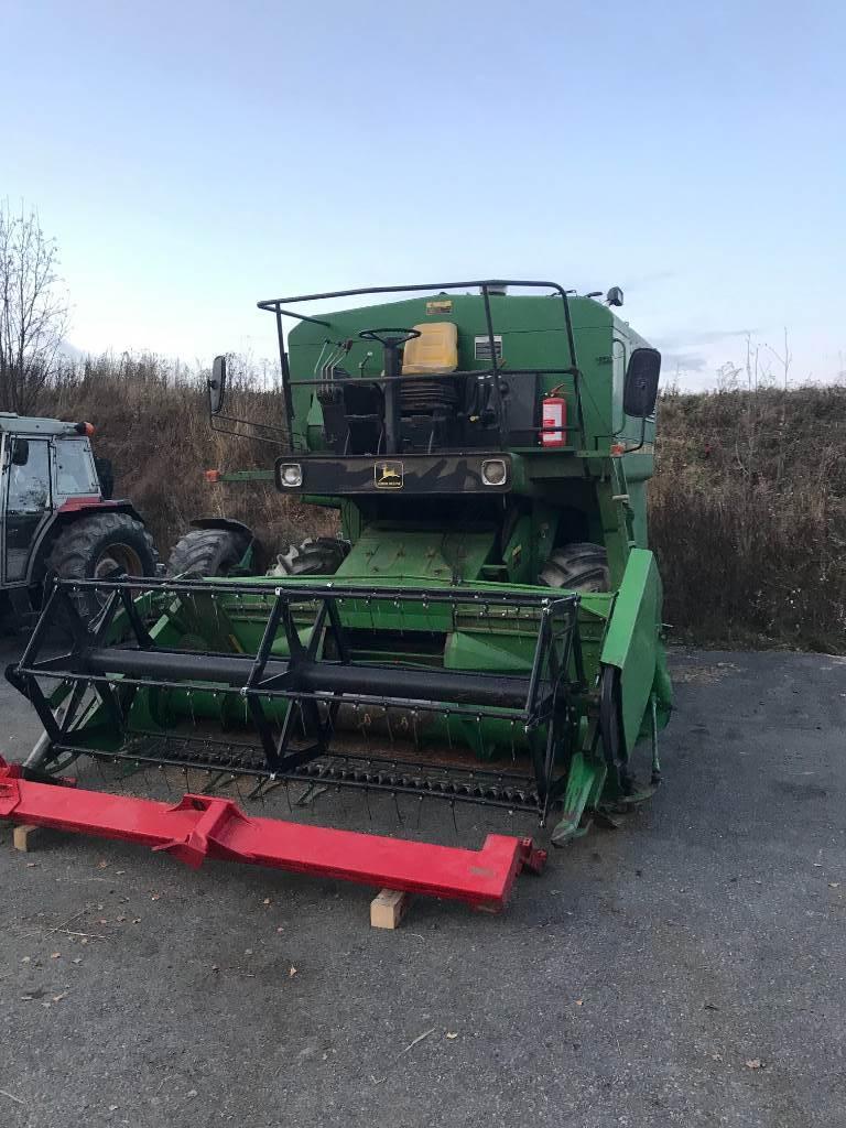 John Deere 1042 for parts, Skurtreskere, Landbruk