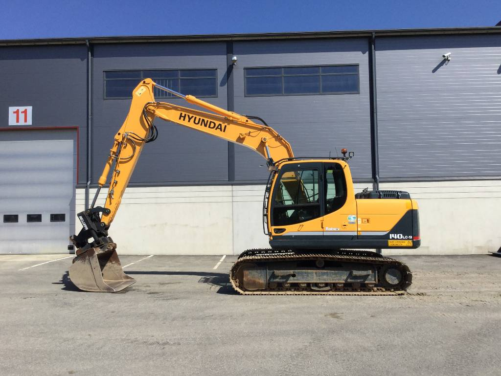 Hyundai ROBEX 140LC-9, Crawler excavators, Construction