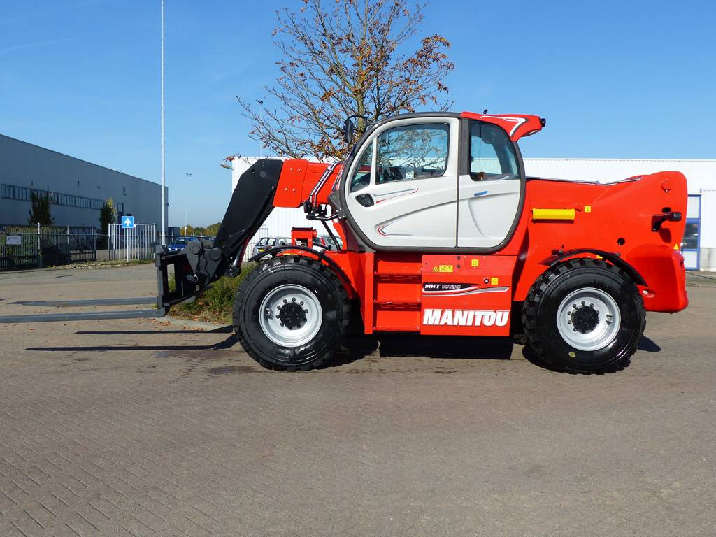 Manitou MHT10130, Verreikers, Bouw