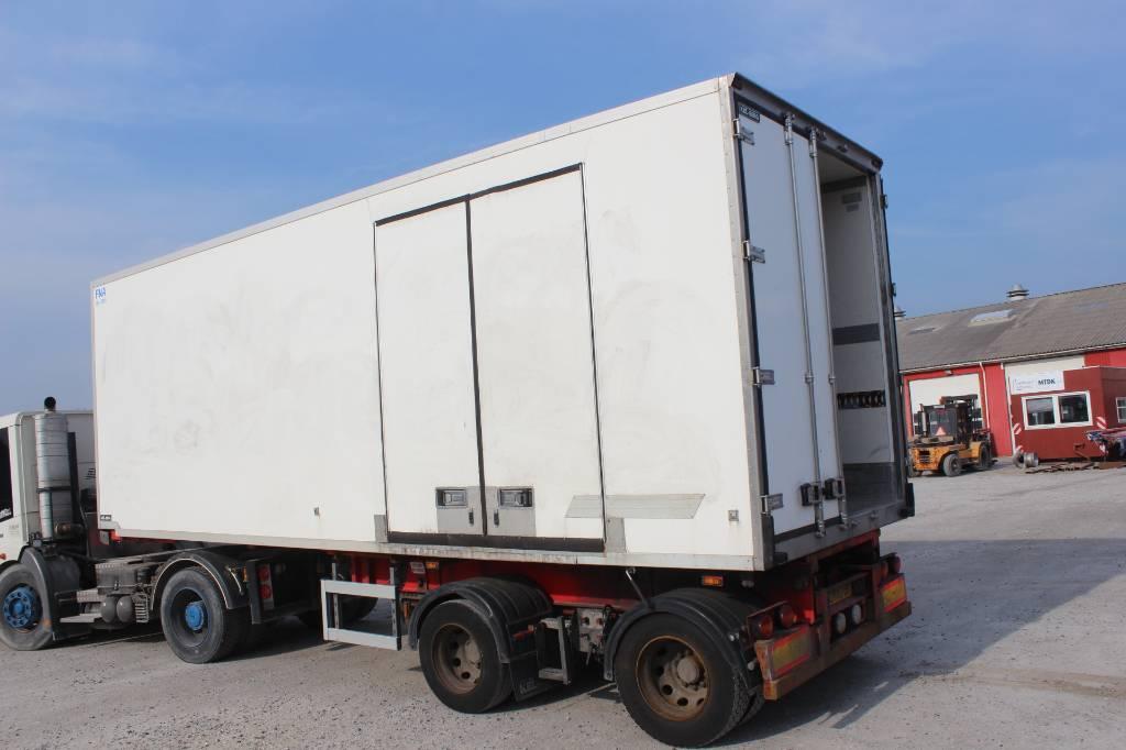 Kel-Berg Kølelink med sidedør og Carrier kølemaskine, Semi-trailer med Kølefunktion, Transport