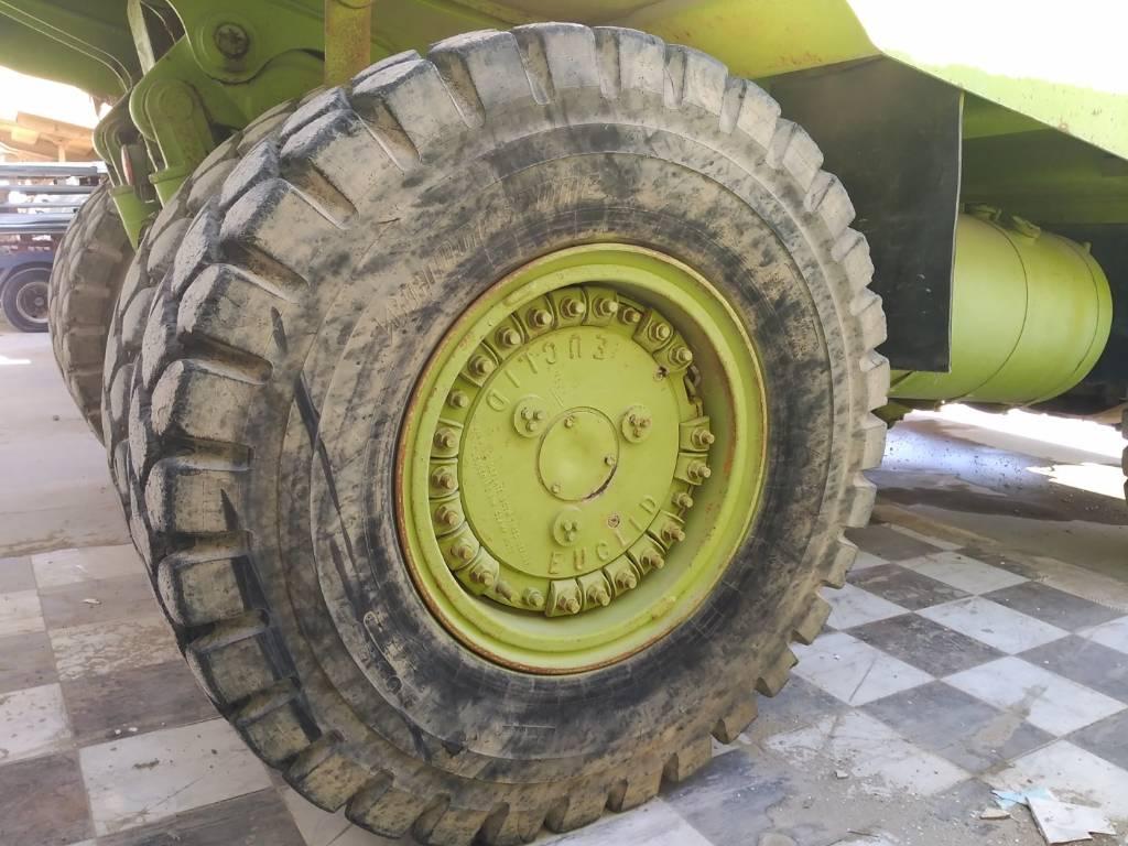 Bridgestone 18.00 R33, Neumáticos, ruedas y llantas, Construcción