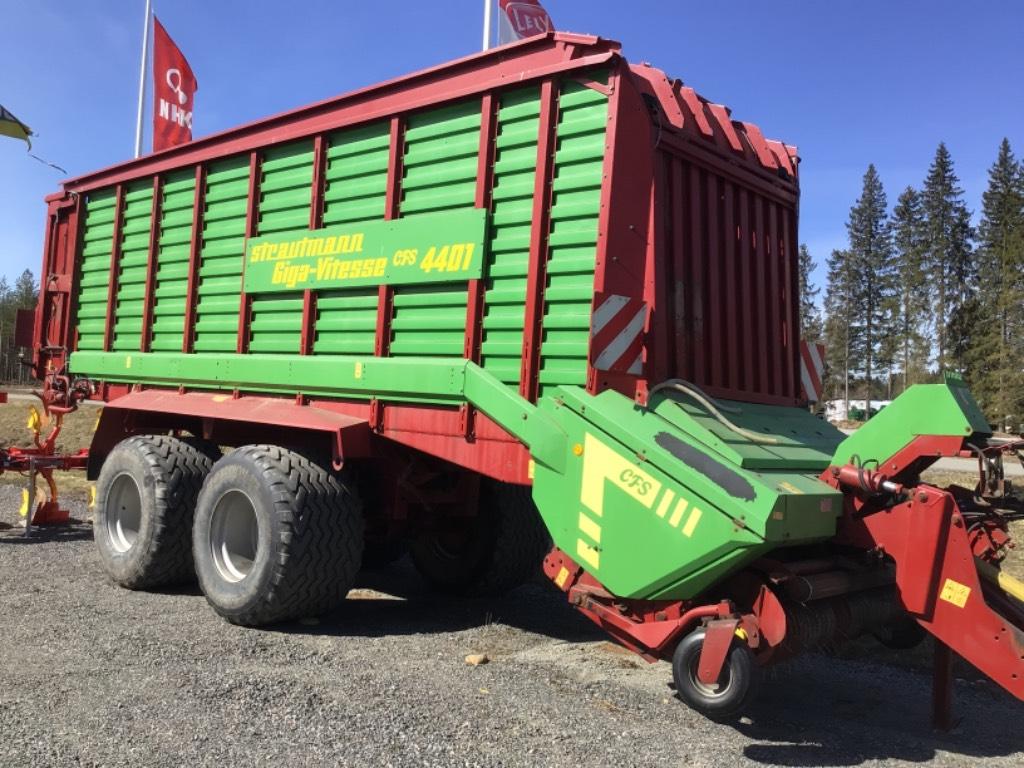 Strautmann CFS 4401 Hydraulialusta, Keräävät noukinvaunut ja silppurivaunut, Maatalous