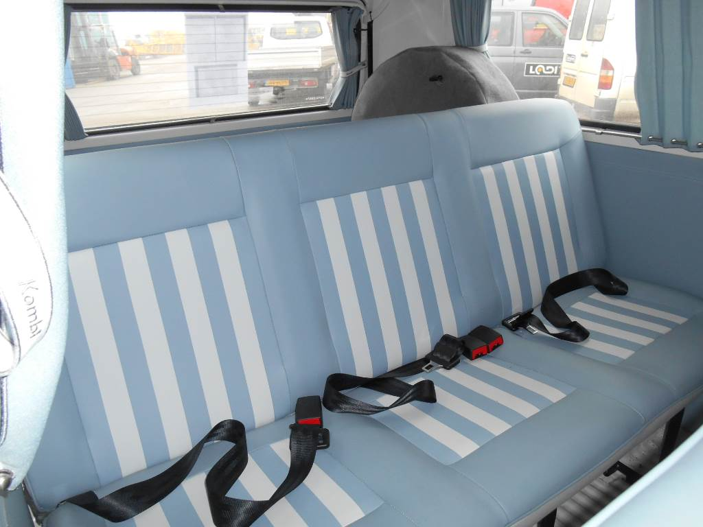 volkswagen kombi occasion ann e d 39 immatriculation 2016 voiture volkswagen kombi vendre. Black Bedroom Furniture Sets. Home Design Ideas