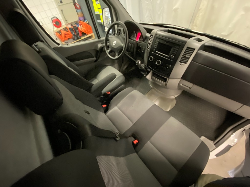 Volkswagen Crafter 35 PRO 2,0 TDI 103 KW, 3665, Pakettiautot, Kuljetuskalusto