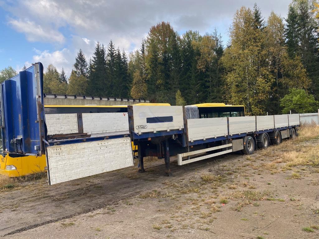Tyllis 4 axlad  trailer, Flaktrailer, Transportfordon