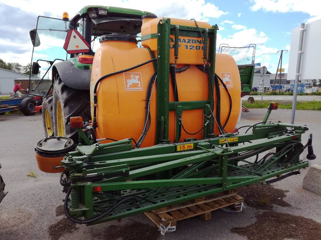 Amazone UF1200, Mounted sprayers, Maatalous
