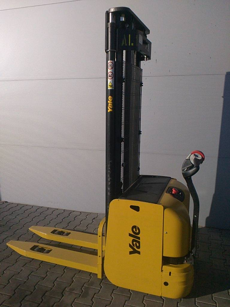 Yale MS16, Electric counterbalance Forklifts, Material Handling