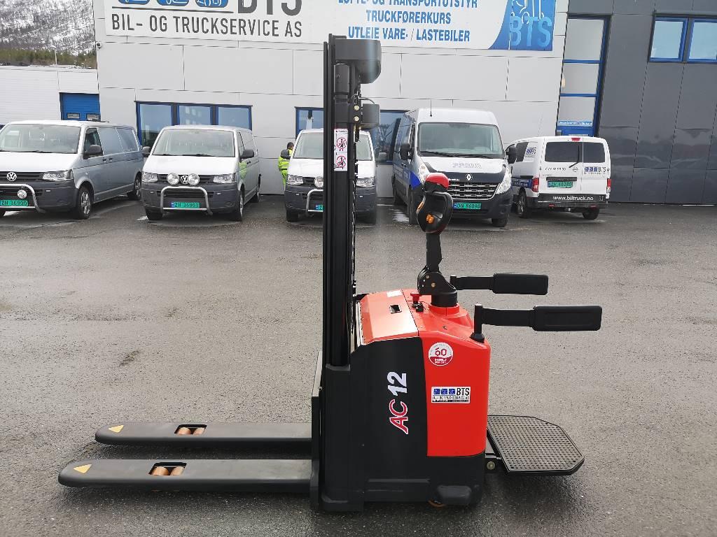 Heli CDD12-030 M300 - 1,2 tonns stabler (PÅ LAGER), Ledestablere, Truck