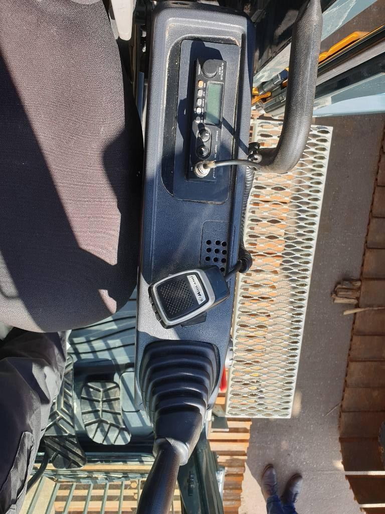 Hyundai HX 220 L, Rupsgraafmachines, Bouw