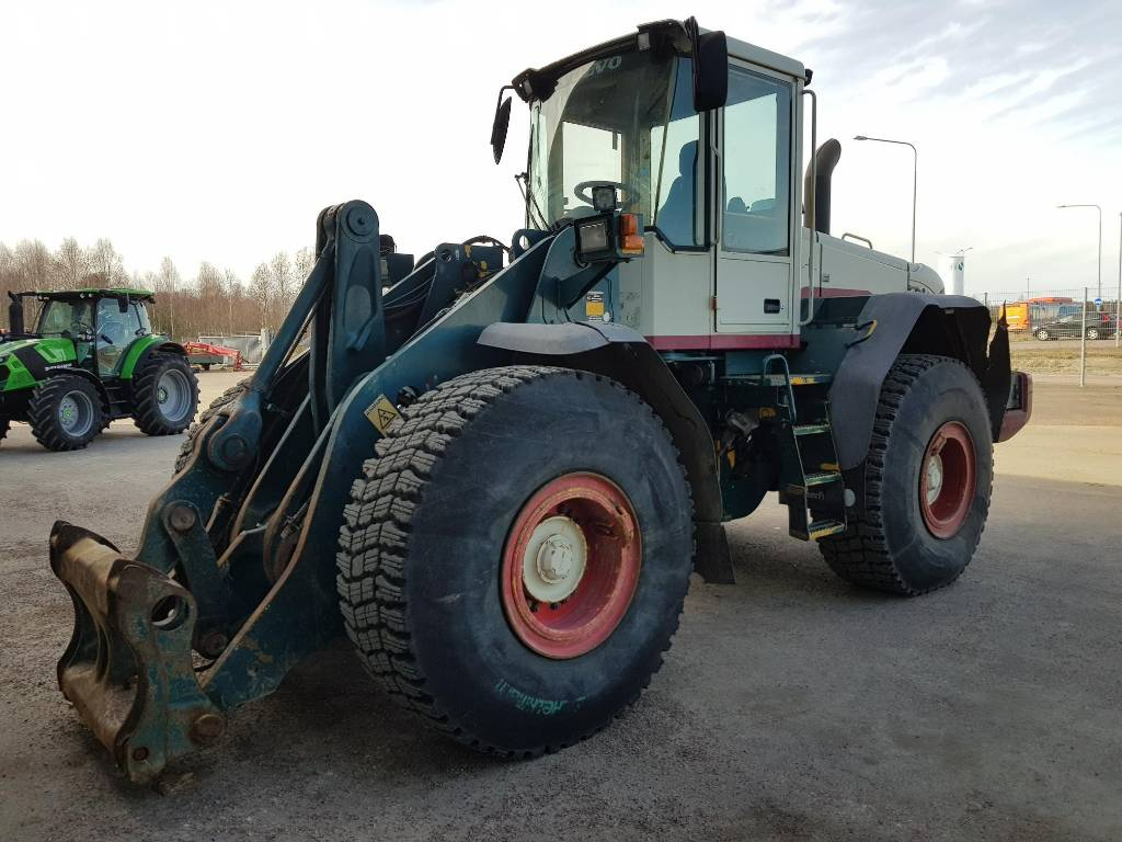 Volvo L120E, Wheel Loaders, Construction Equipment