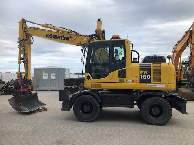 Komatsu PW160-8, Wheeled Excavators, Construction Equipment