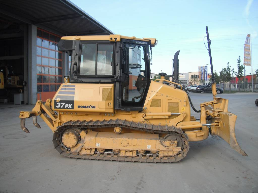 Komatsu D37PX-23, Crawler dozers, Construction Equipment