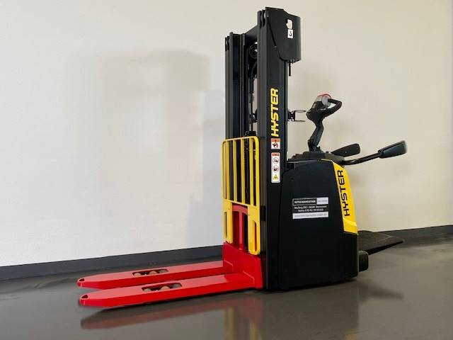 Hyster S1.4S, Manual Pallet Stacker, Material Handling