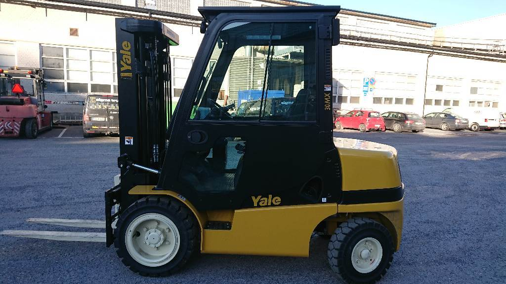 Yale GDP30MX, Diesel counterbalance Forklifts, Material Handling