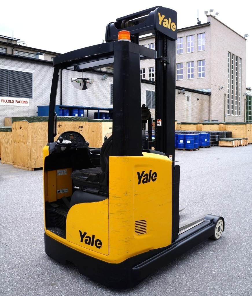Yale MR25, Työntömastotrukit, Materiaalinkäsittely