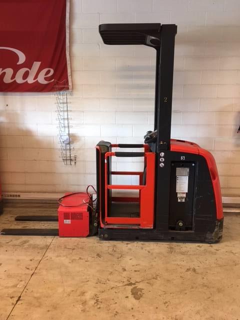 Linde V10/5021-01, Medium lift order picker, Material Handling