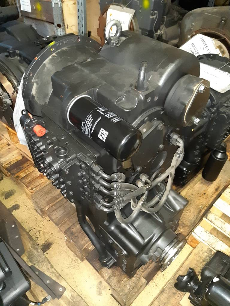 ZF 3WG180 - 4644003077, Transmission, Material Handling